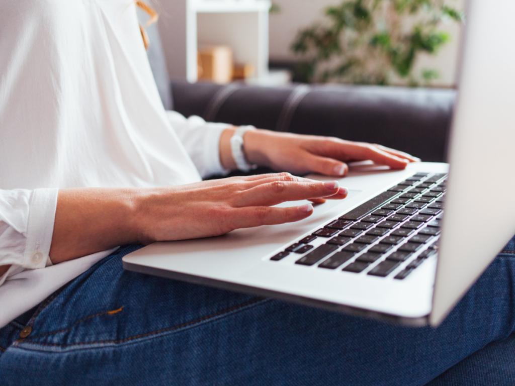 How To Start A Blog Australia - DNW