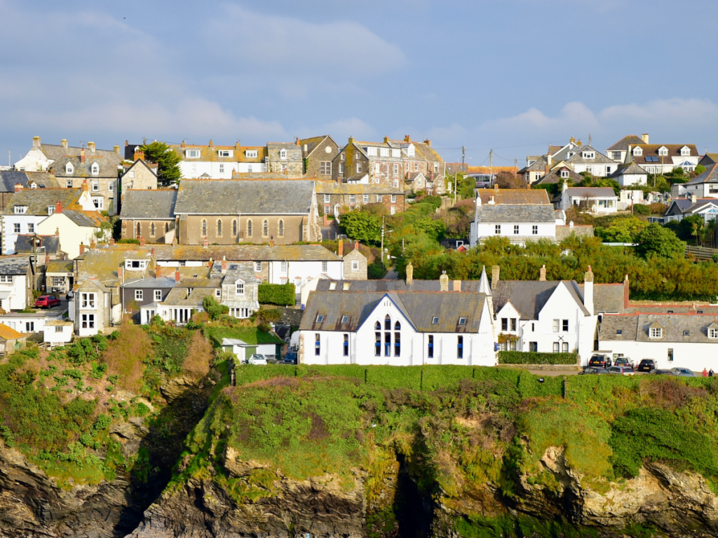 Best Europe Holiday Destinations for Families - Cornwall, England
